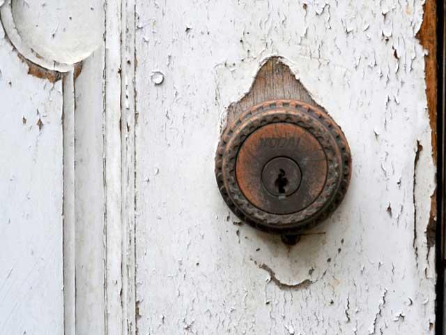 扉の修理 マジック!|北九州市の便利屋さん「天海ち」